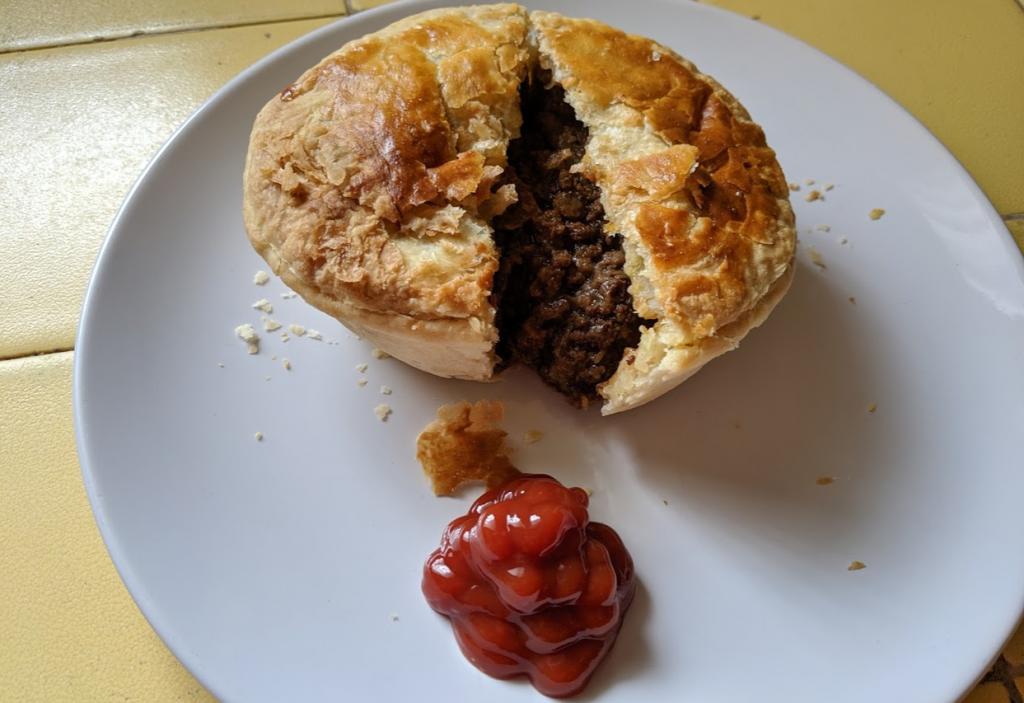 Australian meat pie from Jay Jay Wolfpie